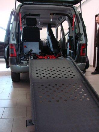 Młodzieńczy Samochody typu VAN | Adaptacja – przystosowanie samochodu dla osób EW42